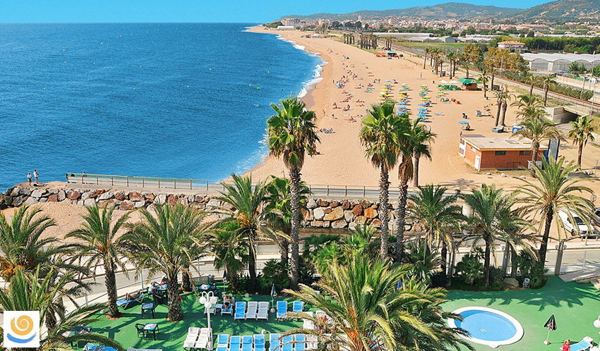 На Испанские курорты туристов повезут практически даром