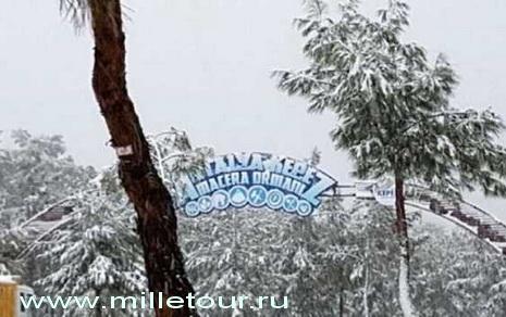 В Турции в районе Кепеза выпали осадки в виде снега